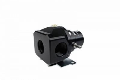 Aeromotive Fuel System - 2-Port Bypass Carb Reg - 13212